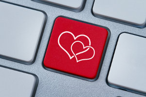 Plusy i minusy internetowych randek