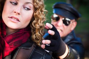 Od randkowania do prześladowania, jak rozpoznać stalking?